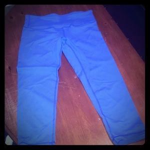 Lululemon blue crop yoga pants